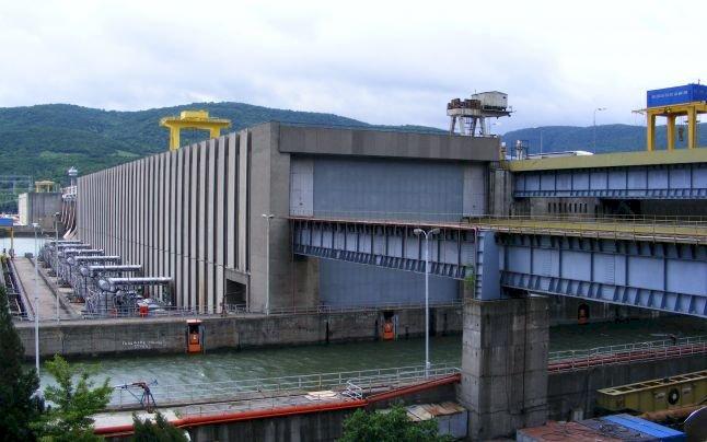 Hidroelectrica vrea să vândă în septembrie un alt lot de 27 de microhidrocentrale