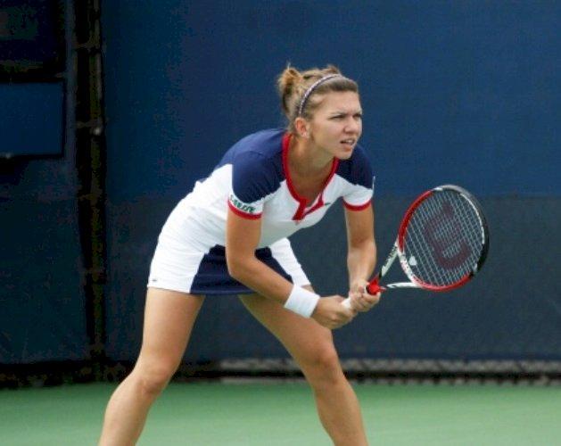 Simona Halep s-a calificat în turul doi la Wimbledon, după 6-2, 6-2 cu Teliana Pereira