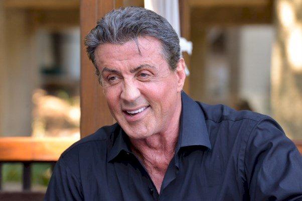Sylvester Stallone revine în rolul lui Rambo