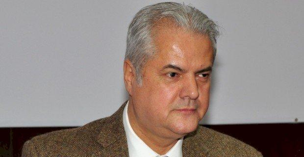 Adrian Năstase primeşte încă şase luni de închisoare ca spor de pedeapsă