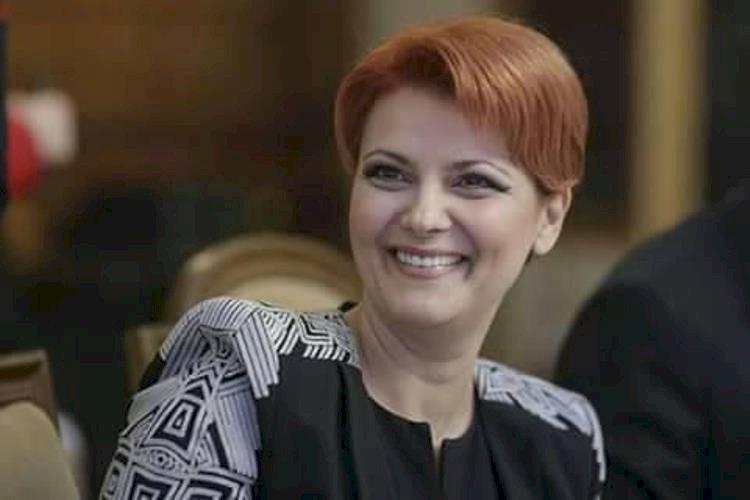 Olguța Vasilescu: Te-ai dus Violeta Alexandru şi te-ai întors Violeta Bau din Germania