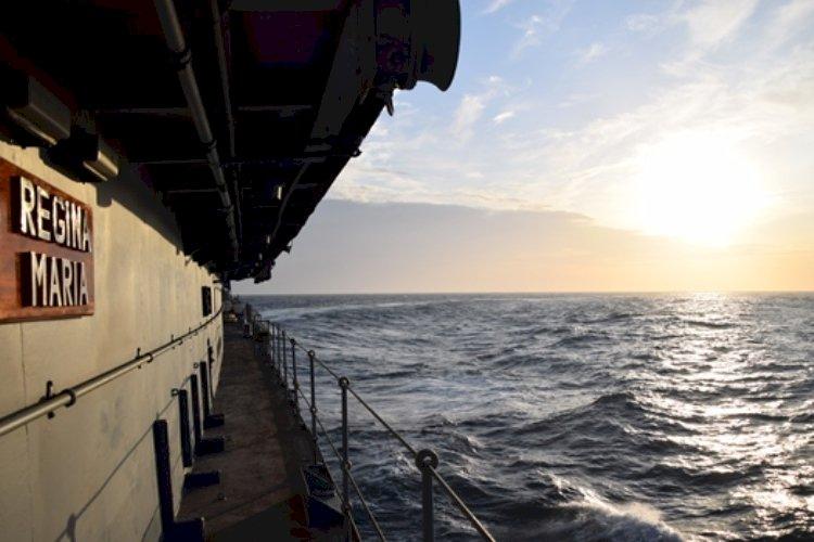 """Foto: Fregata """"Regina Maria"""", escală de trei zile în Portul Poti din Georgia"""