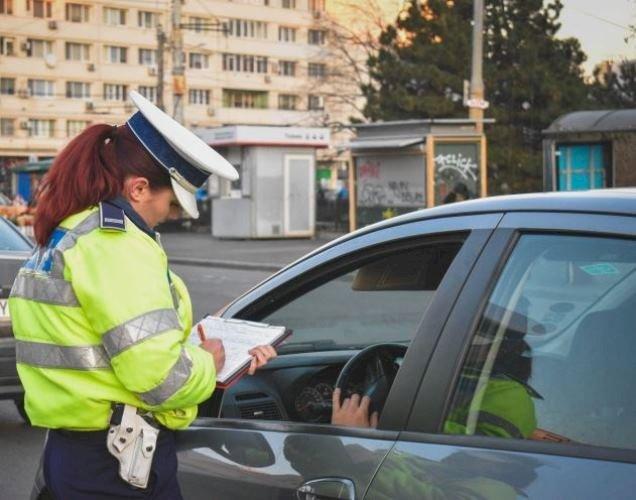 Întrebări şi răspunsuri: Totul despre restricţiile de circulaţie, deplasările sau declaraţia pe proprie răspundere