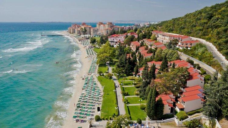 Românii își doresc să călătorească în 2020