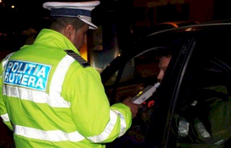 Un șofer beat a fost prins de polițiștii în localitatea Valu lui Traian