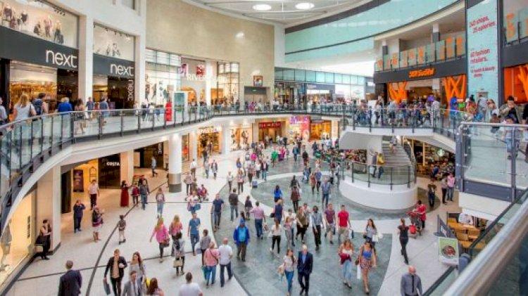 Iohannis: După 15 iunie se pot deschise mall-urile, grădinițele și piscinele, fără restaurante și locuri de joacă