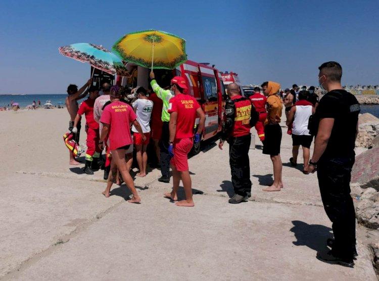 Persoana salvată de la înec la plaja Modern, a decedat
