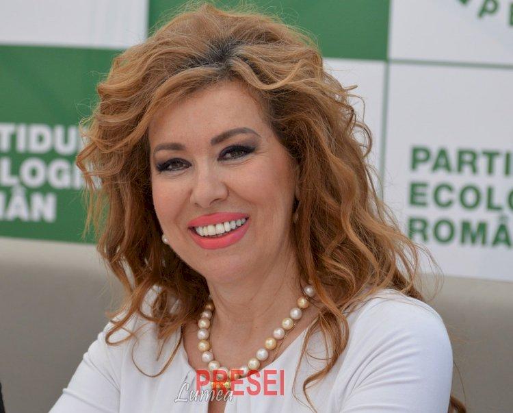 Corina Martin candidează la Primăria Constanţa. Martin: Sunt pregătită să intru într-o confruntare cu toţi bărbaţii politici ai Constanţei