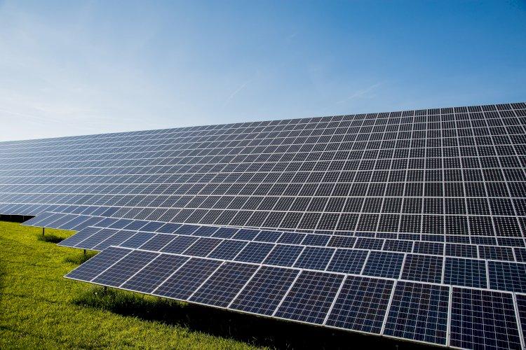 Proiect: Parc de panouri fotovoltaice la Ovidiu