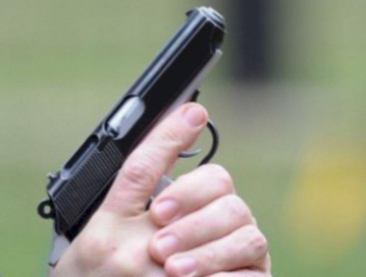 Împuşcături în faţa unei cafenele din Constanţa. Două persoane au fost rănite ușor