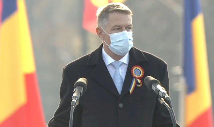 Iohannis: Criza sanitară ne obligă să marcăm Ziua Naţională în alte registre decât cele obişnuite