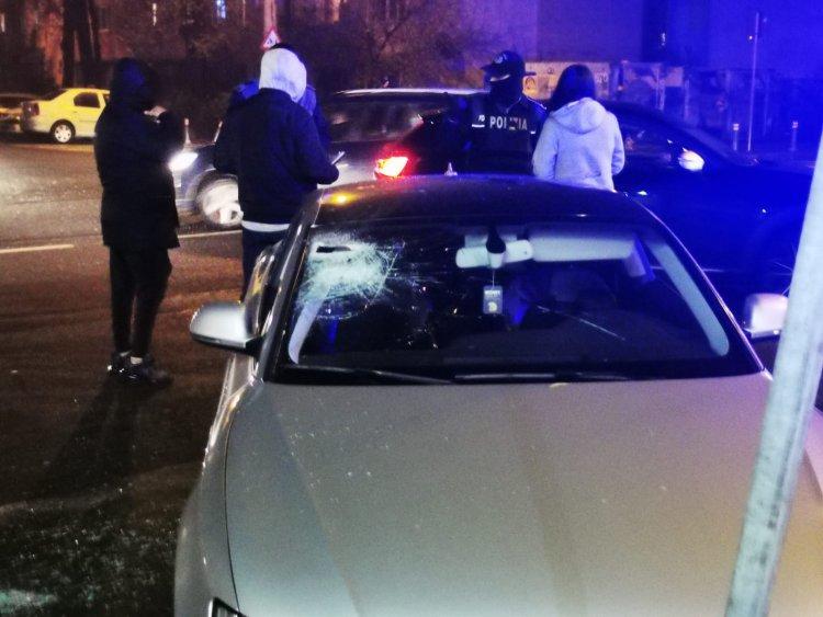 FOTO Bătaie în trafic în Constanța. Doi tineri au ajuns la spital
