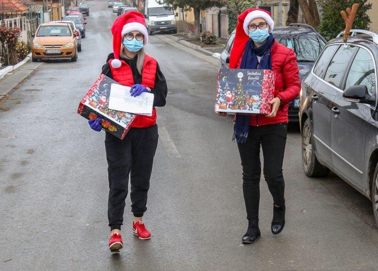 Primăria Ovidiu acordă burse elevilor, pachete cadou pentru copii și tichete valorice