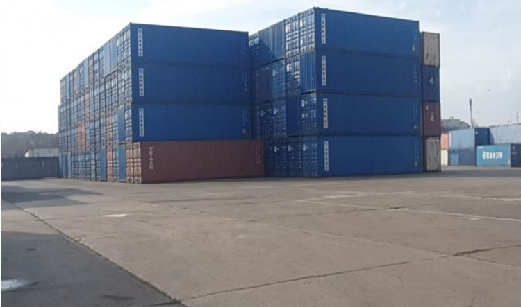 Galerie foto: Noi containere cu deșeuri depistate în Portul Constanţa