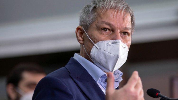 Dacian Cioloş: Personal, am o nemulţumire cu privire la prezenţa lui Sorin Cîmpeanu în Guvern