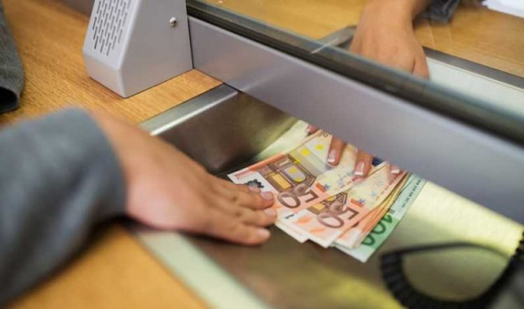 Solicitările pentru suspendarea plăţii ratelor trebuie transmise băncilor până pe 15 martie 2021