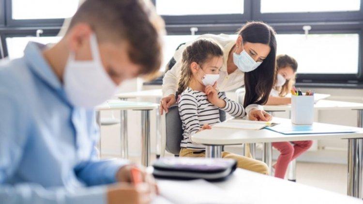 În ce situații nu este obligatorie purtarea măștii de protecție în unitățile de învățământ?