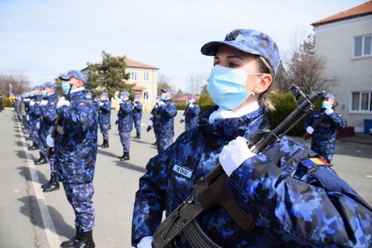 Eveniment militar la Mangalia. 86 de soldaţi profesioniști au depus jurământul