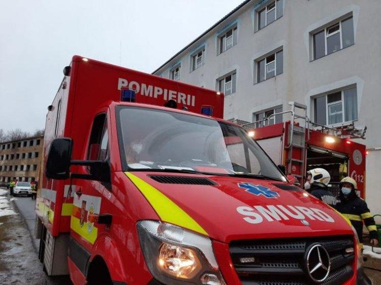 Un nou incendiu la un spital din România, 71 de persoane au fost evacuate