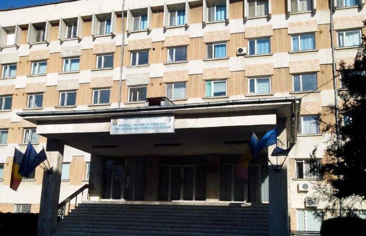 Comandantul Spitalului Militar Focşani, schimbat din funcţie după scandalul vaccinărilor peste rând