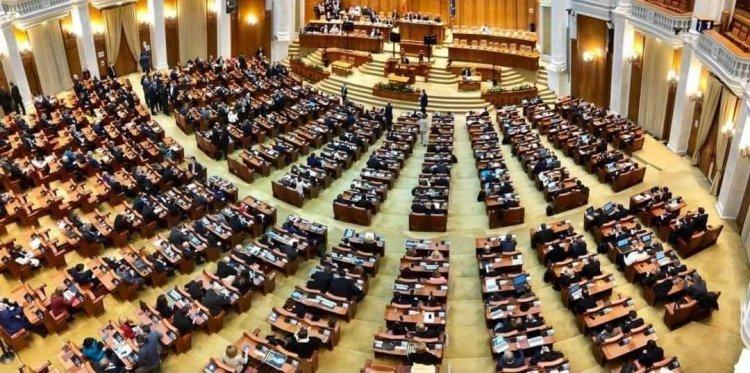 Parlamentarii PNL au votat în unanimitate pentru desființarea SIIJ