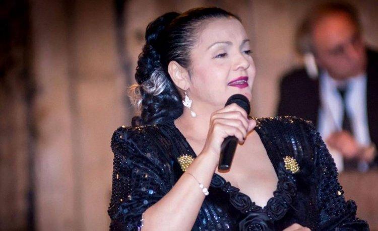 Îndrăgita cântăreaţă de muzică lăutărească, Cornelia Catanga a murit de COVID-19