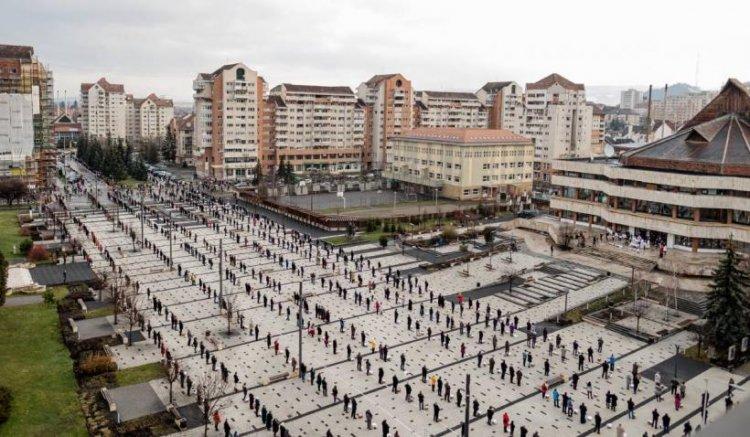 FOTO Ceremonie impresionantă de Paște la Miercurea Ciuc pentru sfințirea bucatelor