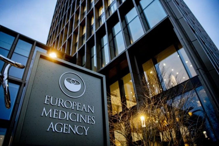 EMA investighează o posibilă nouă reacție adversă a vaccinului anti-COVID-19 AstraZeneca