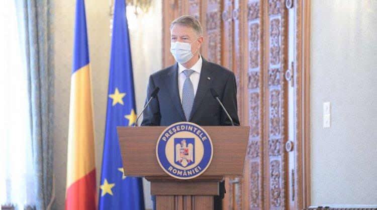 Iohannis: Calea de ieșire din pandemie este vaccinarea în masă. Dragi români, mergeți și vă vaccinați!