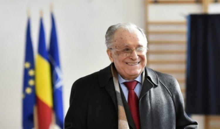 Ion Iliescu a demisionat de la Institutul Revoluţiei Române