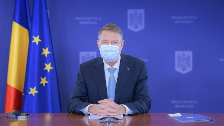 Iohannis: Vă invit pe toți să vă vaccinați. Vaccinarea e singura cale de a pune capăt pandemiei