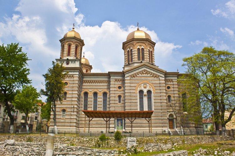 Pentru Patriarhia Română, problema reînfiinţării unei mitropolii a Tomisului este una definitiv închisă