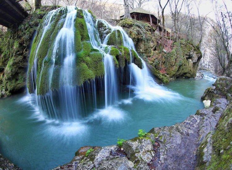 FOTO - Cascada Bigăr s-a prăbușit din cauze naturale