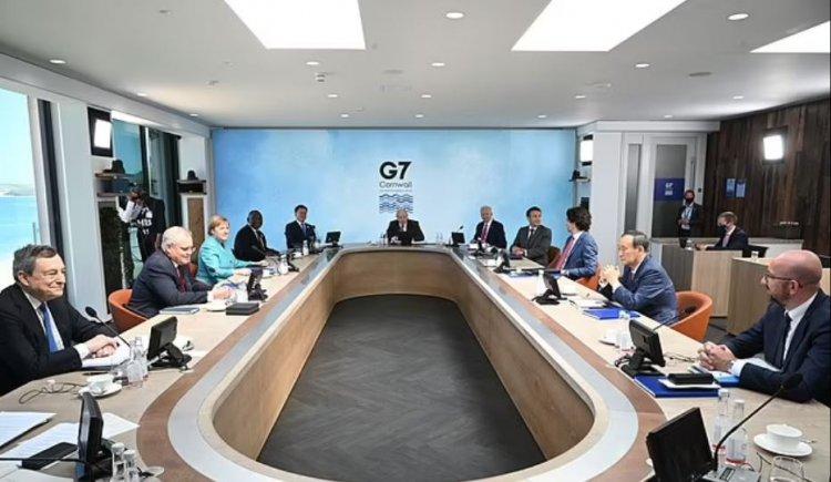 Liderii G7 se angajează să distribuie un miliard de doze de vaccin anti-COVID-19 statelor sărace