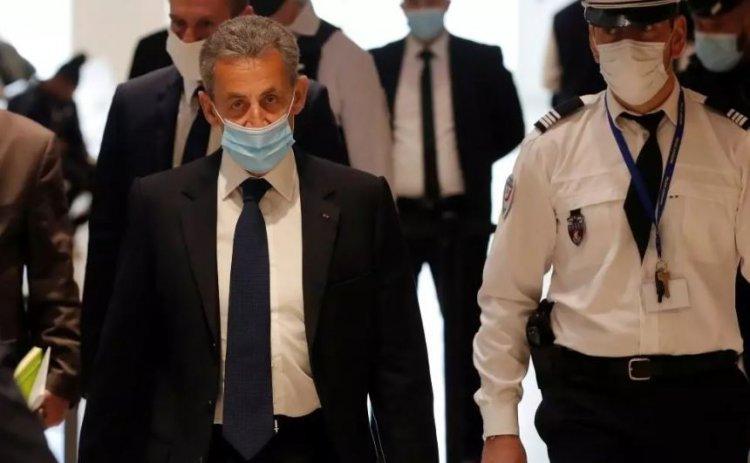 Procurorii cer închisoare cu executare pentru Nicolas Sarkozy, acuzat de cheltuieli excesive în campania prezidenţială