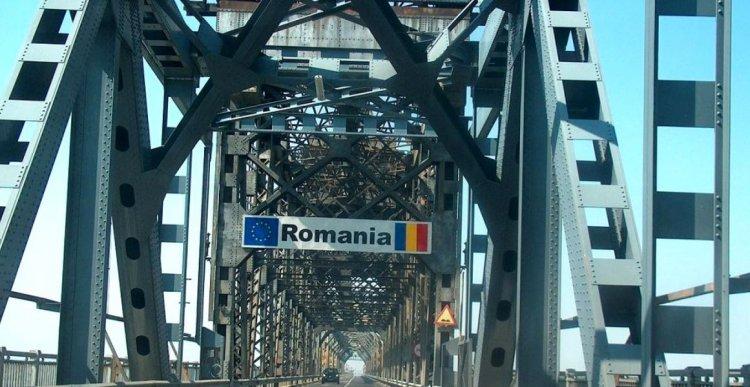 Duminică, autoturismele care trec podul peste Dunăre, în sensul Giurgiu – Ruse, nu achită tariful