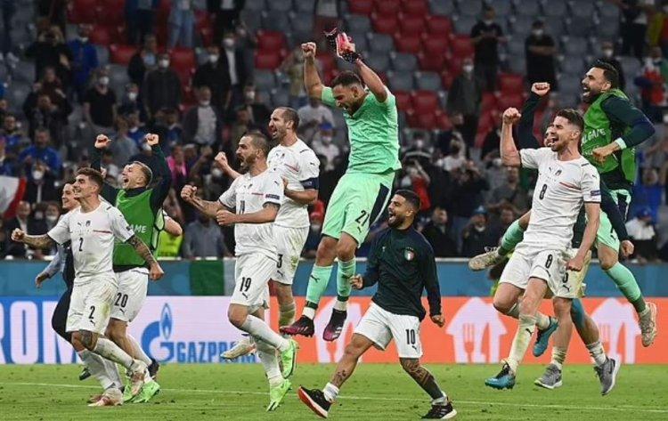 Italia a învins Belgia cu 2-1 şi s-a calificat în semifinale