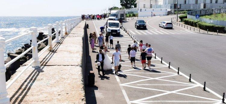 Zona de promenadă din Portul Tomis a fost redată circulației pietonale