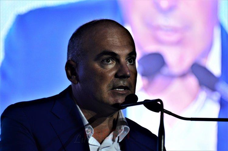 Rareș Bogdan: Noi nu abandonăm ţara. Klaus Iohannis îl susține total pe Florin Cîțu