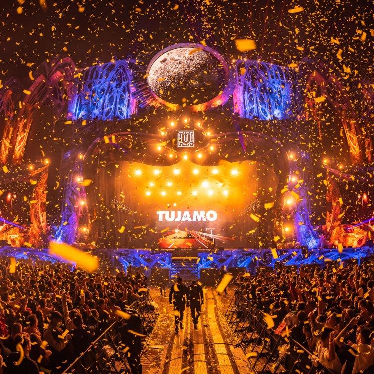 Peste 56.000 de oameni au trecut, în prima zi, pragul tărâmului plin de magie UNTOLD